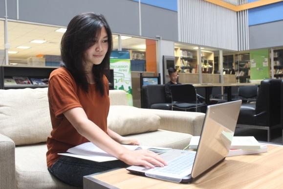 本科在线营销课程 image