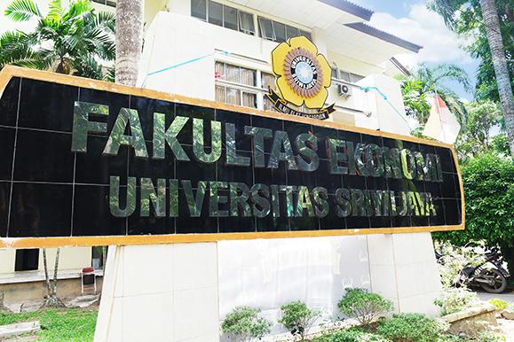 Faculty of Economics  image