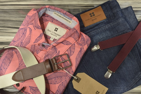 Woven Garments image