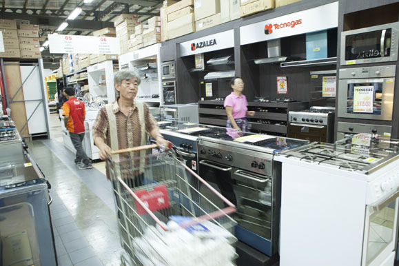 Kitchen And Home Appliances In Indonesia